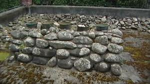 Salt was obtained by boiling sea water 'day and night' in kettles placed on an oven built of stones and fueled by trees and wood debris along the shore.