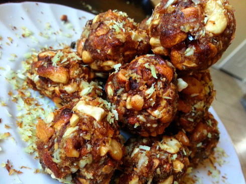 medjool-dates-cashews-coconut-balls-recipe-ladoo-recipe